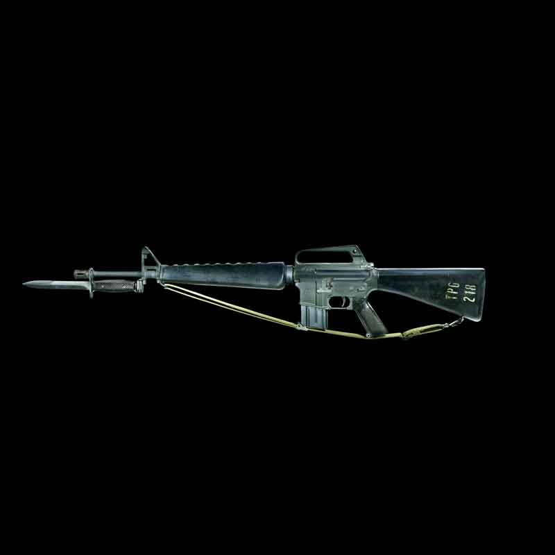 lux M16 A1 final black 1 scaled 800x800